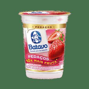 Iogurte-Batavo-Pedacos-Morango-100g