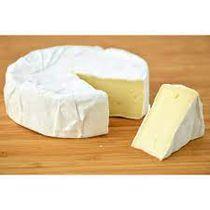 Queijo-Camembert-Polenghi-Selection-Bandeja-de-300-gramas--aproximadamente-300g--